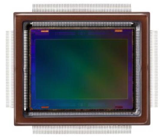 250-Megapixel-Sensor_von_Canon___heise_Foto 2