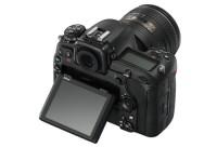 Nikon_D500_16_80E_back